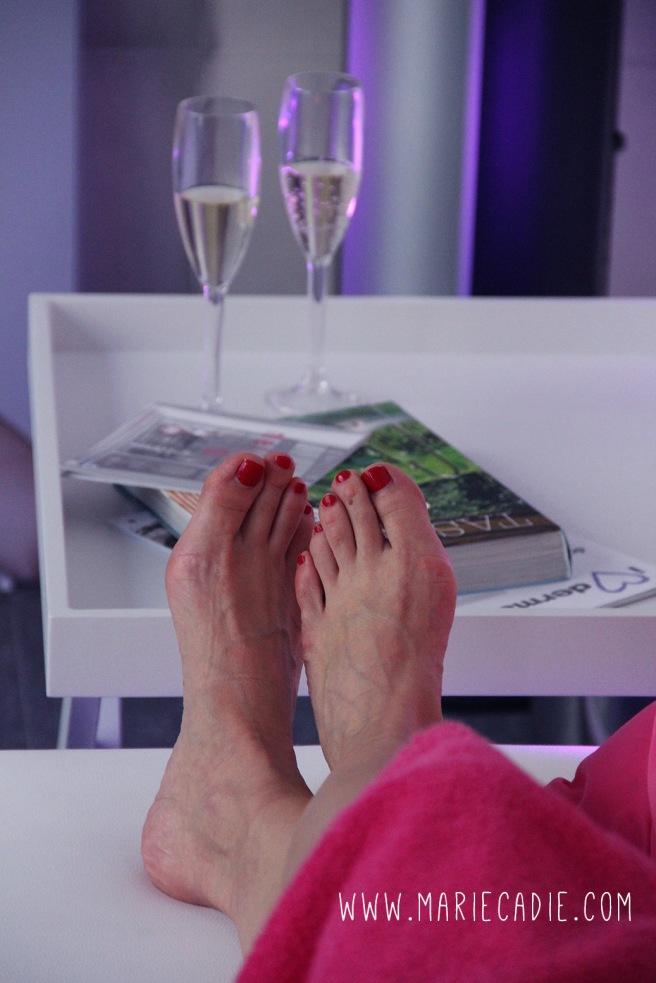 MC_Melissa_relax feet