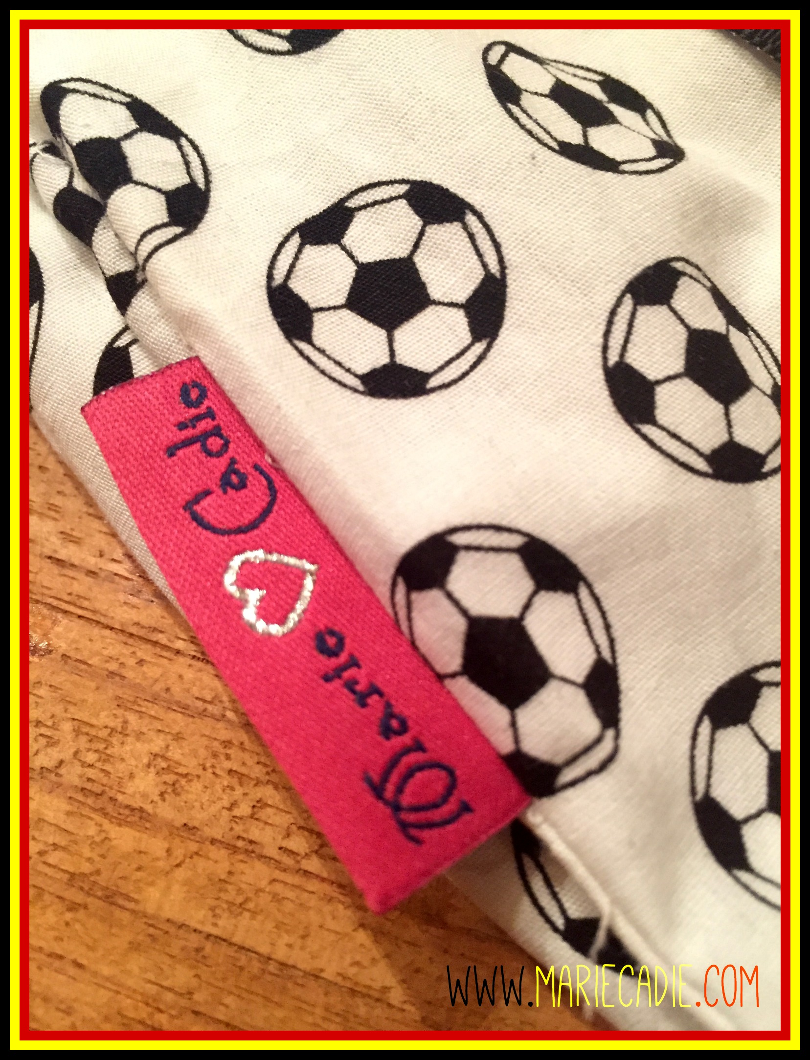 MarieCadie.com_voetbaloutfit_detail label